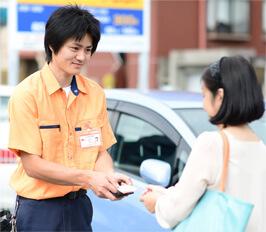 富士見市の鍵屋スタッフが現場で無料お見積りいたします